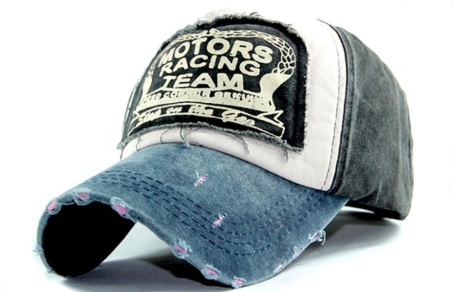 Стильная мужская черная кепка Motors Racing Team.